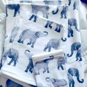 Brand new soft elephant 🐘 bath towel set
